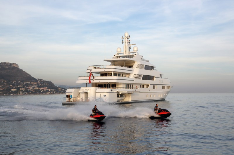 Open Day for Saint Nicolas, 70 m Lurssen